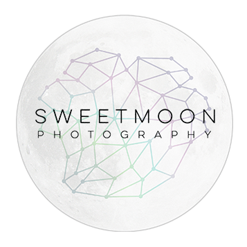 sweetmoon photography logo